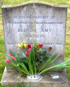 mum grave